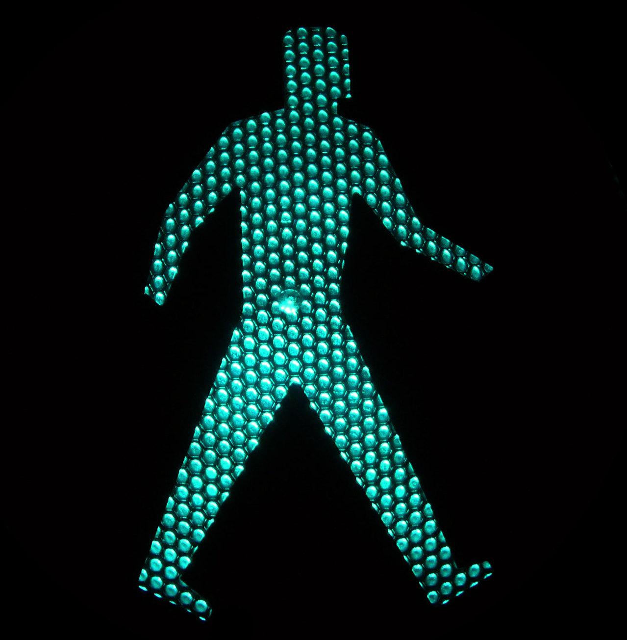 11_AAA-traffic-light-figure-
