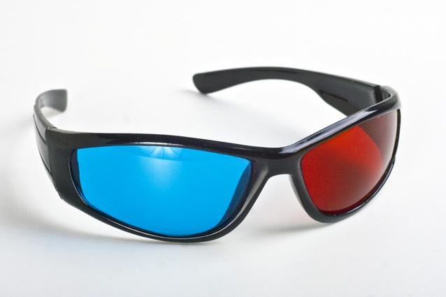 3d-glasses-3-4-view-1412141-638x425