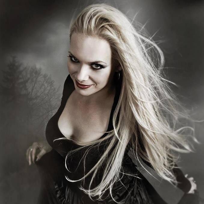 Amanda Somerville 2