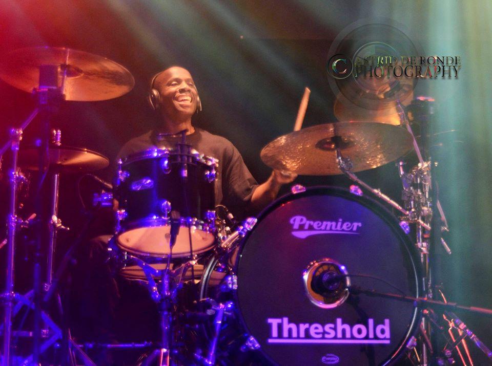 Johanne James drum riser