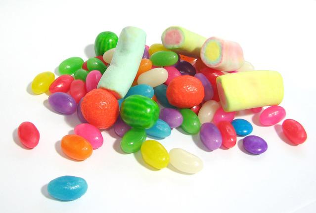candies-1177401-639x430
