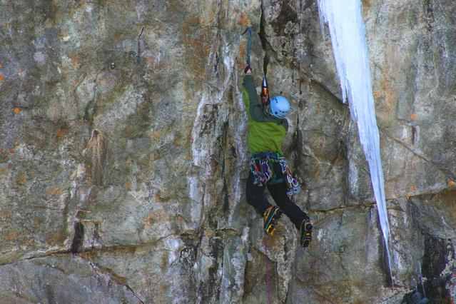 climbing-m9-1-1471868-639x425