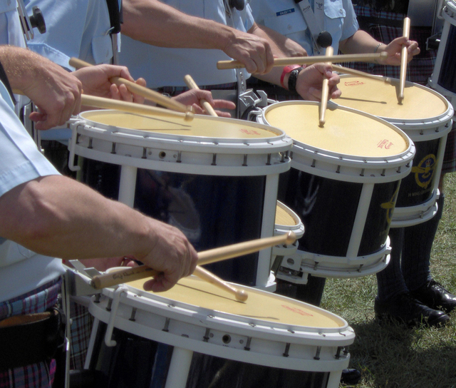 drummers-glengarry-highland-games-1392015-640x544