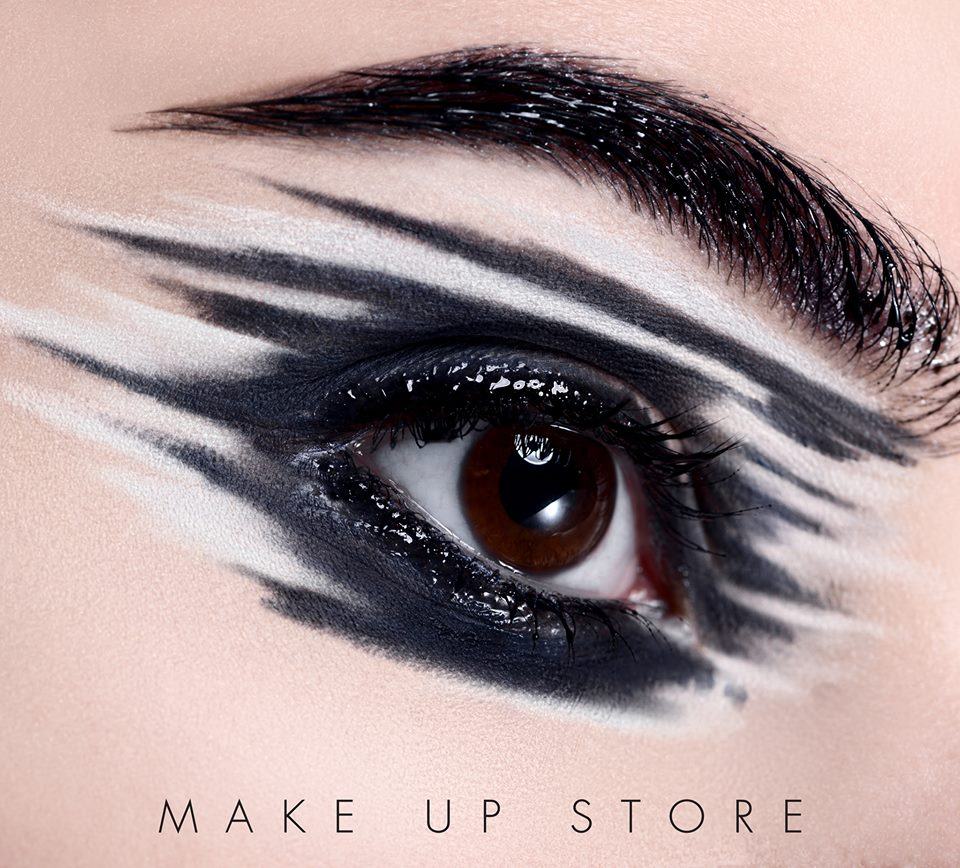 eyes lines Make Up Store