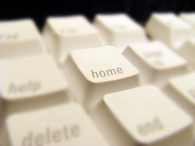 home-key-1241774-640x480