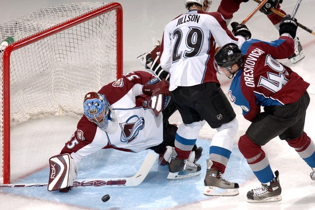 ice-hockey-goalie-goal-sport-39016.jpeg