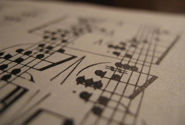 music-1421425-638x430